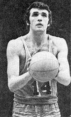 Олександр бєлов (баскетбол)