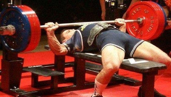 Базові вправи для тренування грудних м`язів