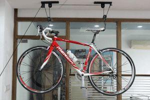 шафа для зберігання велосипеда в квартирі