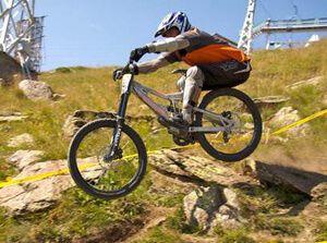 Даунхилл (downhill) - екстремальний спуск на велосипеді