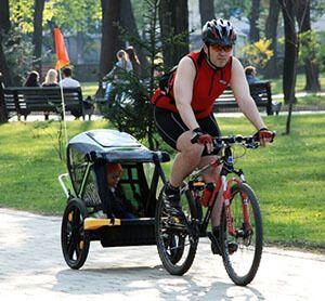 Вантажні причепи для велосипеда. Ранебаут - велоприцеп для перевезення дітей