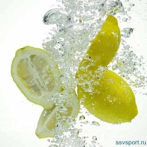 Як діє вода з лимоном натщесерце