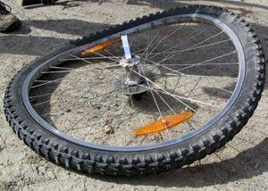 Як робиться виправлення вісімки на велосипеді своїми руками