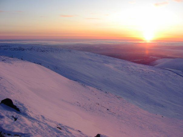 Вершина гір в Кіровську інша сторона