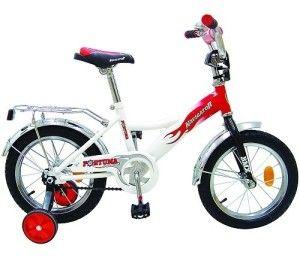 двоколісний велосипед з додатковими колесами для дитини