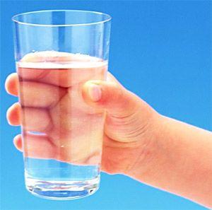 Як правильно пити воду
