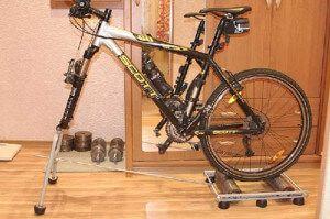 велотренажер на їздовий доріжці