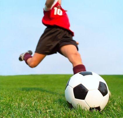 футбольний м`яч