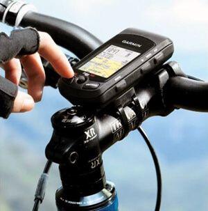 Як вибрати велокомпьютер, встановлюємо і налаштовуємо спідометр для велосипеда