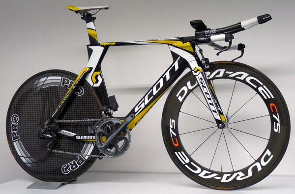 Спортивний велосипед для тріатлону