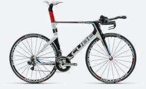 Швидкісний шосейний велосипед Cube