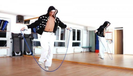 Комплекс вправ зі скакалкою для схуднення