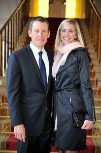 Велосипедист Ленс Армстронг з дружиною Ганною Хансен