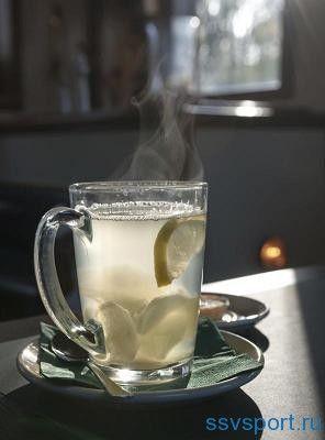 Лимон з водою для схуднення - користь і протипоказання