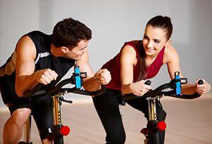 Чи можна схуднути за допомогою велотренажера? Заняття на велотренажері для схуднення (вправи)