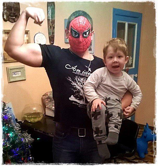 Волков Микита з племінником Сашком