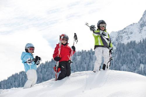 Дитячий тренінг лижі