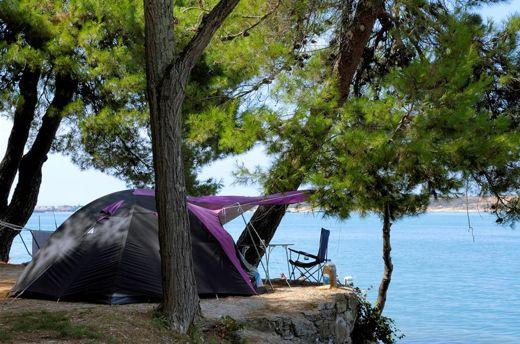 вибираємо туристичну палатку