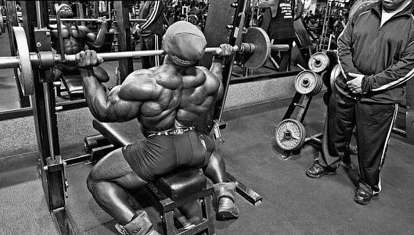 тренують м`язи здійснювати