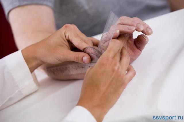 Ревматоїдний артрит пальців рук - перші симптоми