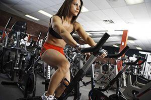 Скільки спалюється калорій на велосипеді і велотренажері