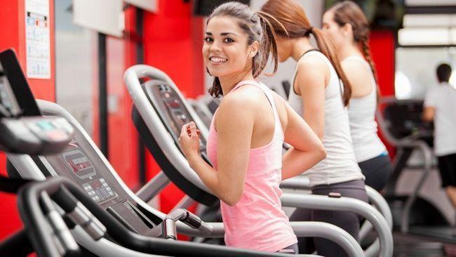 Chto luchshe dlja pohudenija fitnes ili trenazhernyj zal