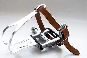 Тукліпси для педалей своїми руками