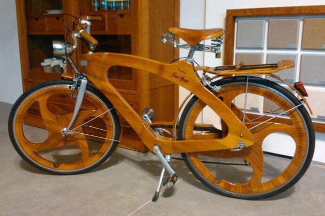 Повністю дерев`яний велосипед