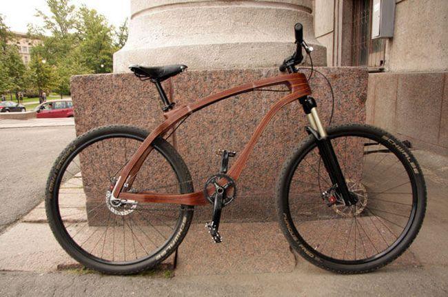 Гірський велосипед з дерев`яною рамою