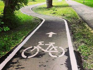 одностороння велосипедна доріжка