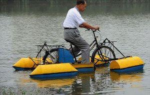 саморобний водяний велосипед