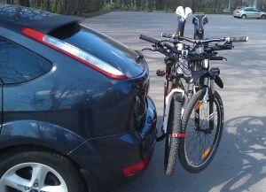 Вибираємо велобагажник для велосипеда на задні двері автомобіля