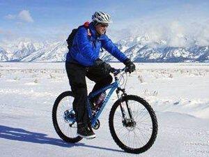 Зимова велосипедний одяг для велопрогулянок та занять велоспортом